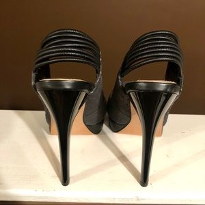 Badgley Mischka Shoes - NWOB Mark & James Reptile Pumps